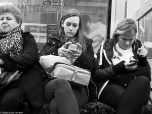 Babycakes-Romero-smartphone-5